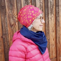 Bonnet style tricot ROSE/ORANGE  et foulard MARINE